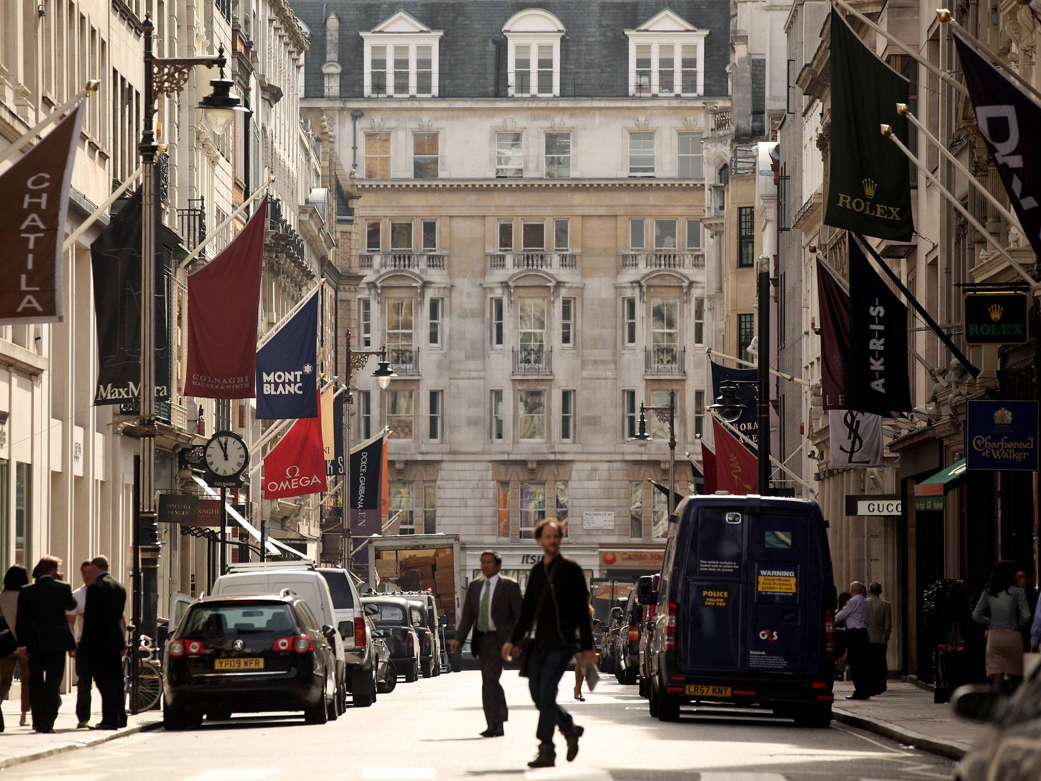 NEW BOND STREET OVERTAKES CHAMPS ÉLYSÉES TO BECOME WORLD'S THIRD MOST EXPENSIVE SHOPPING STREET
