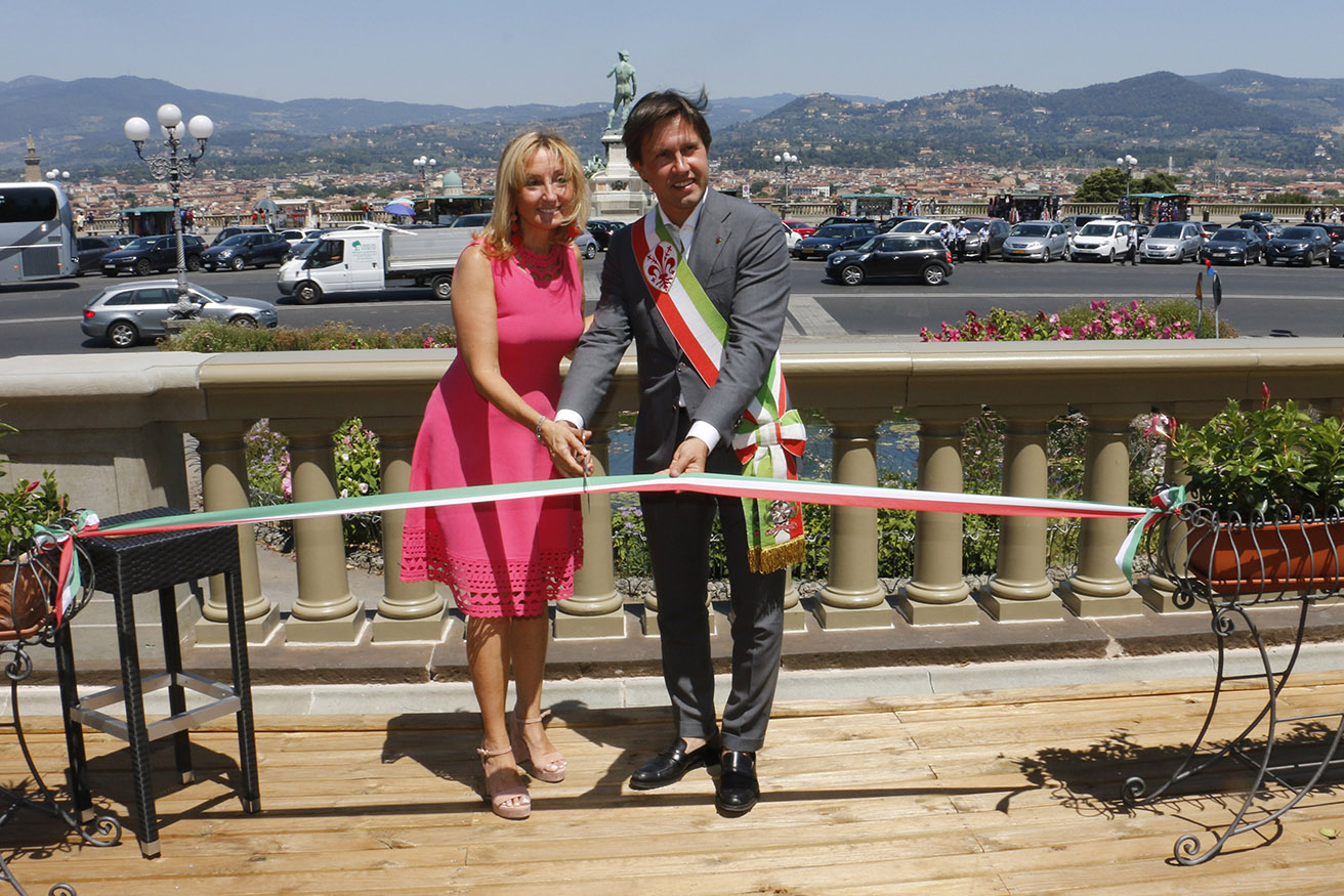 Photo of Piazzale Michelangelo rediscovers the splendor of its historic balustrade